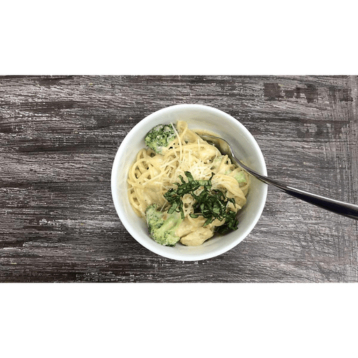 Creamy Spaghetti Alfredo with Chicken and Broccoli